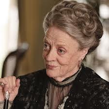 Maggie Smith er en bærende skuespiller i tvserien Downton Abbey. Foto: ITV