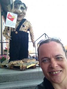 Formand for Social Balance Mette Valentin på charmeoffensiv for sit parti  efter deltagelse i folkemødet på Bornsholm. Foto: Mette Valentin