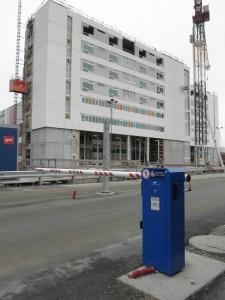 Det første otte etagers høje bygning på det nye Skejby Sygehus skyder op.