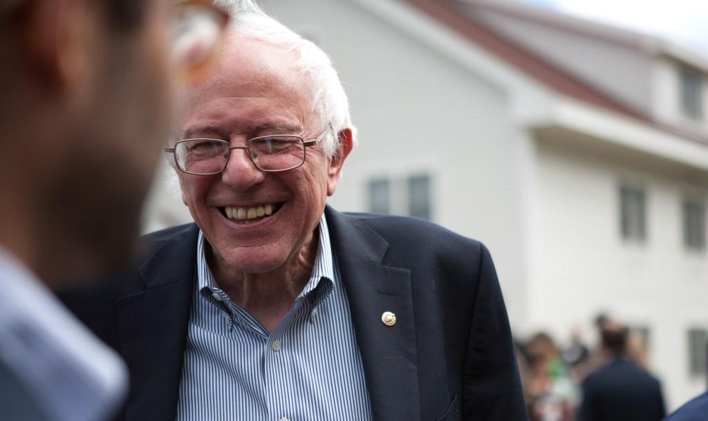 Den 73-årige senator fra Vermont er ved at blive en større trussel for Hillary Clinton end hun havde regnet med  da hun startede sin kampagne for at blive demokraternes præsidentkandidat . Foto: Berniesanders.com